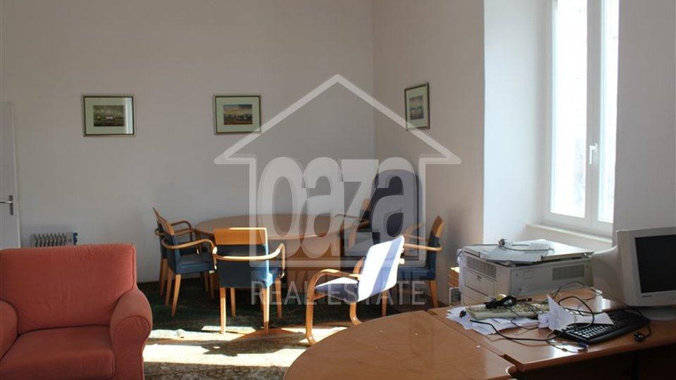 Geschäftsraum, 200 m2, Vermietung, Rijeka - Centar