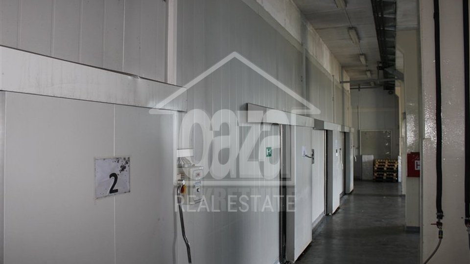 Commercial Property, 1800 m2, For Sale + For Rent, Matulji