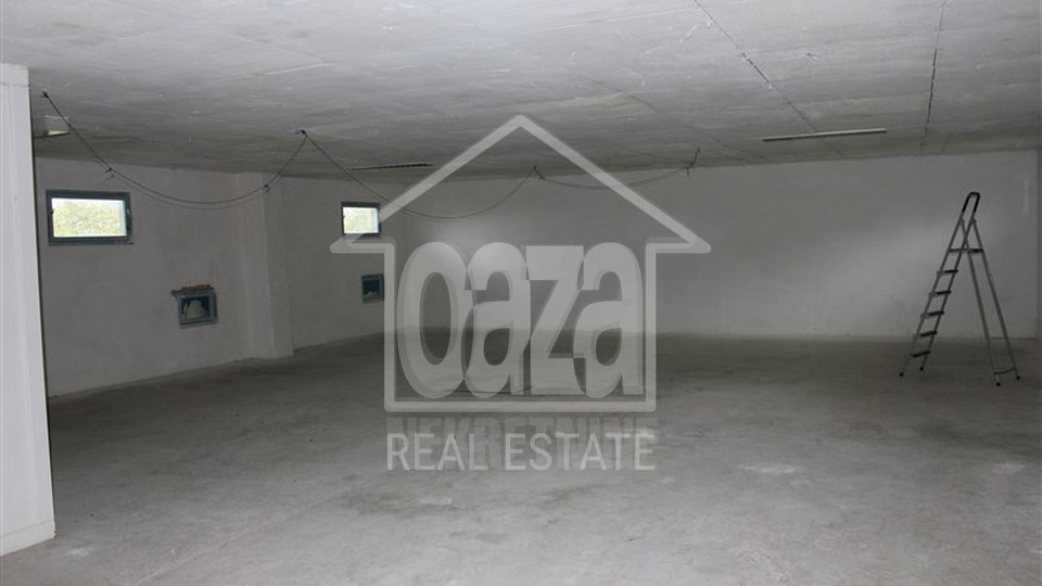 Commercial Property, 500 m2, For Rent, Viškovo