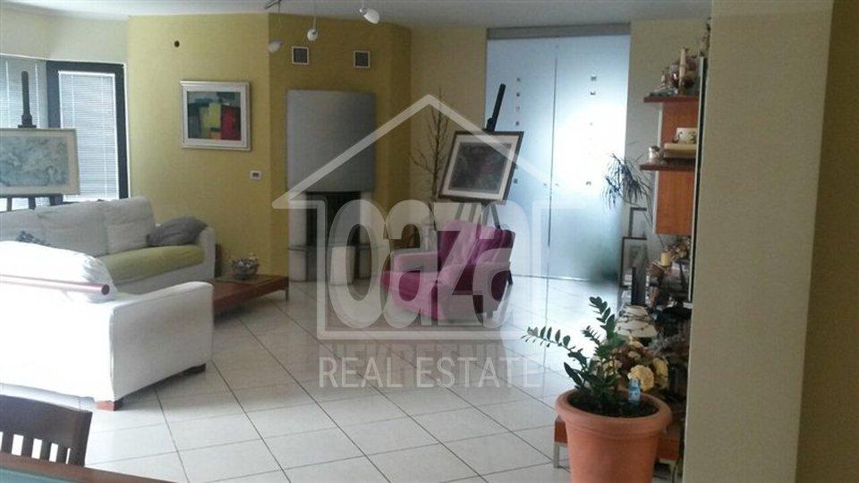 Commercial Property, 900 m2, For Sale, Kastav