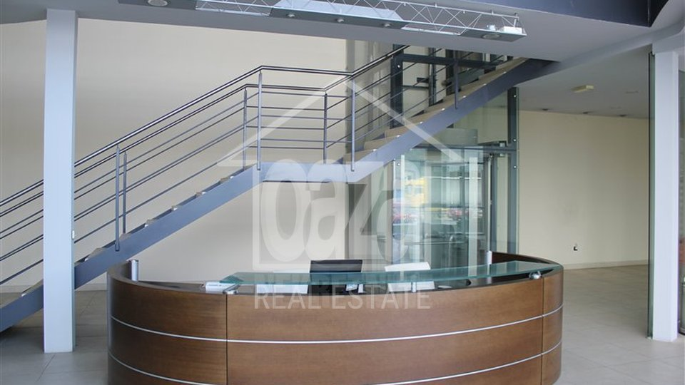 Commercial Property, 500 m2, For Rent, Kukuljanovo