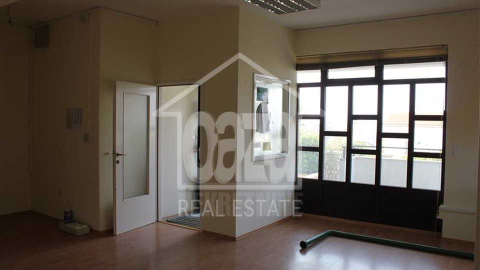 Commercial Property, 140 m2, For Rent, Kostrena