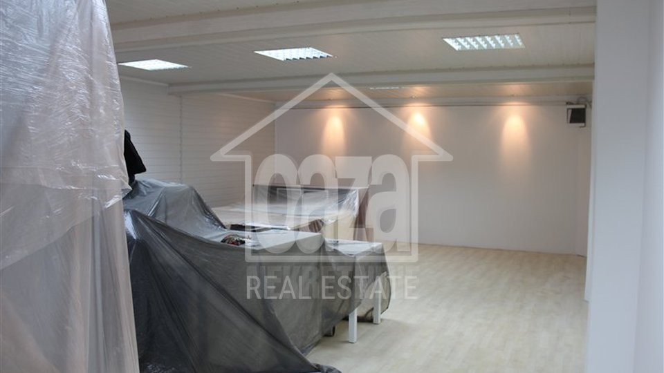 Commercial Property, 104 m2, For Sale, Rijeka - Centar