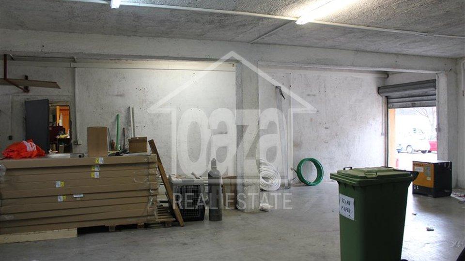 Commercial Property, 250 m2, For Rent, Rijeka - Škurinje