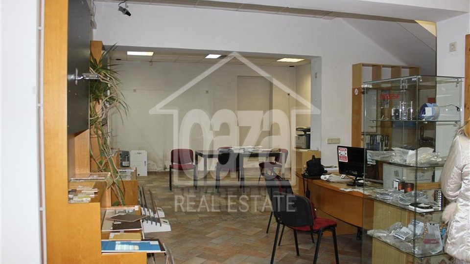 Commercial Property, 230 m2, For Sale, Rijeka - Srdoči
