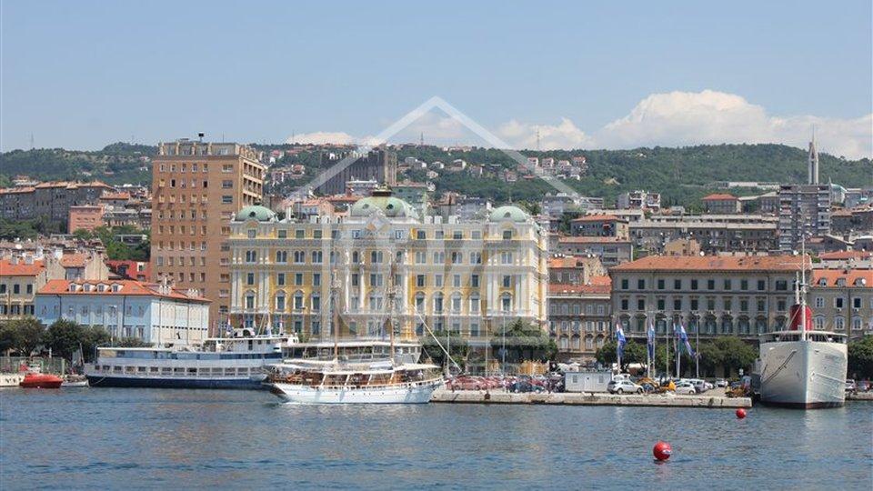 Appartamento, 129 m2, Vendita + Affitto, Rijeka - Centar