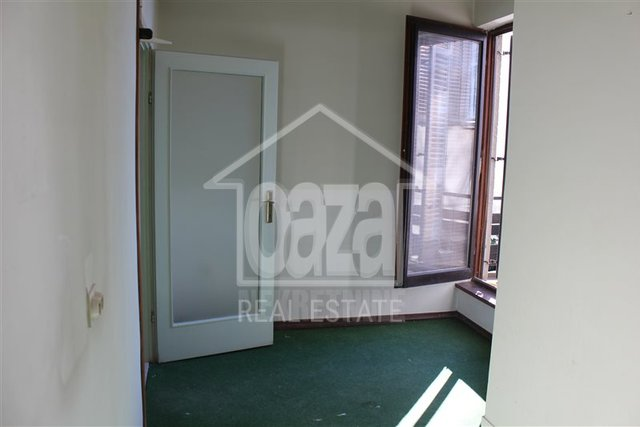 Commercial Property, 40 m2, For Rent, Rijeka - Zamet