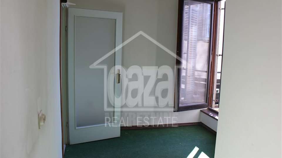 Commercial Property, 40 m2, For Rent, Rijeka - Zamet