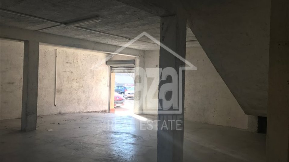 Commercial Property, 250 m2, For Rent, Rijeka - Škurinje