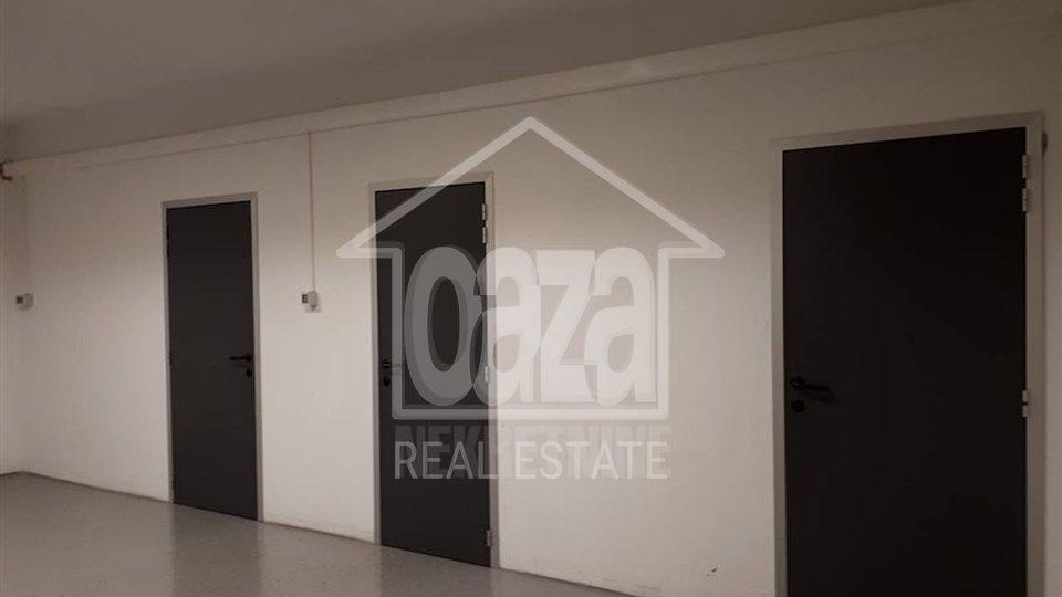 Commercial Property, 128 m2, For Rent, Rijeka - Marinići