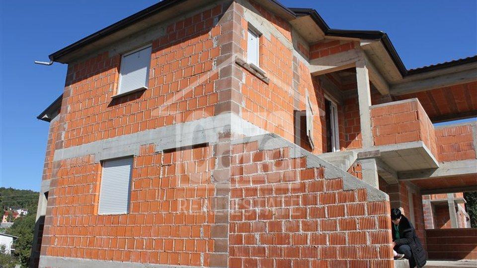 House, 420 m2, For Sale, Kastav