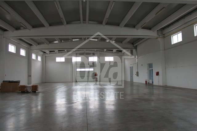 Commercial Property, 310 m2, For Rent, Kukuljanovo