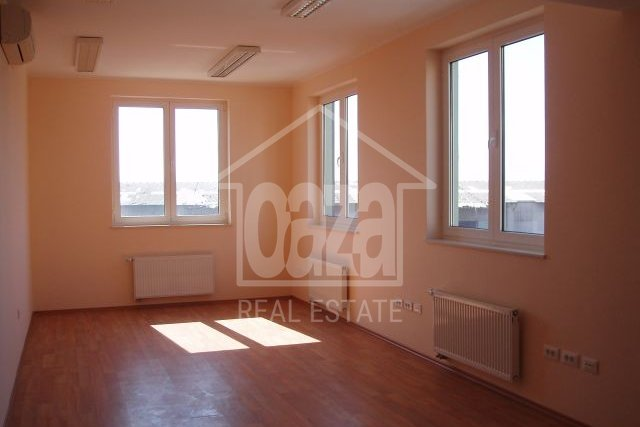 Commercial Property, 81 m2, For Sale + For Rent, Rijeka - Centar