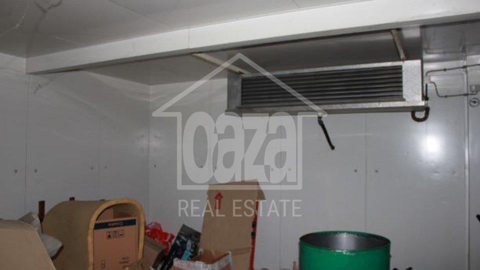 Commercial Property, 500 m2, For Rent, Rijeka - Gornja Drenova