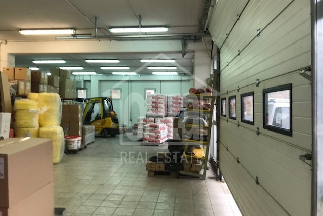 Commercial Property, 380 m2, For Rent, Rijeka - Marinići