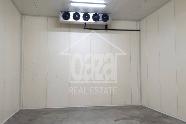 Commercial Property, 362 m2, For Rent, Rijeka - Marinići