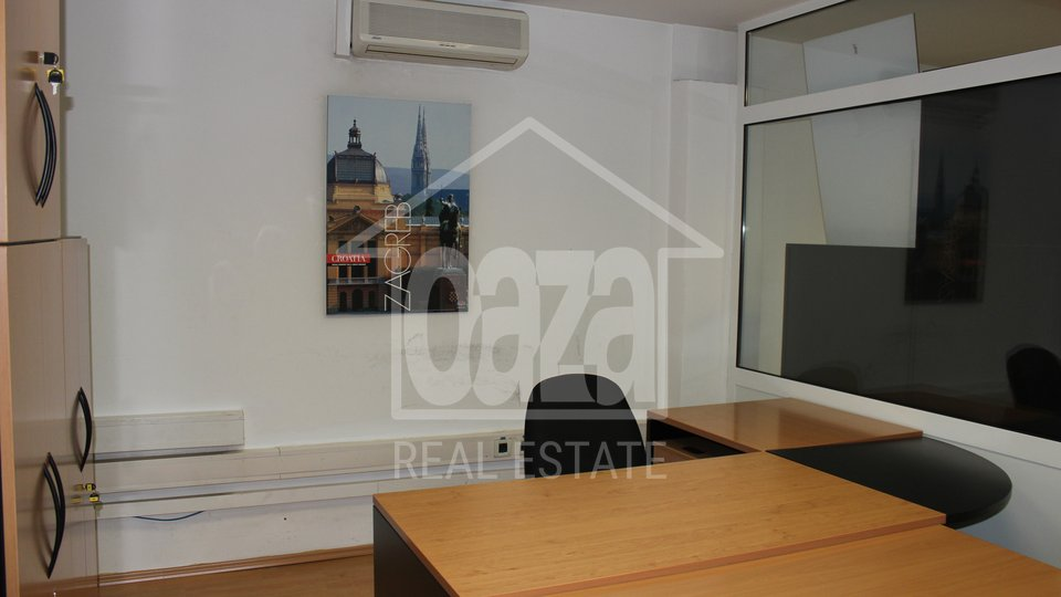 Commercial Property, 250 m2, For Rent, Rijeka - Mlaka