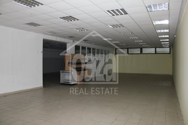 Commercial Property, 265 m2, For Rent, Rijeka - Škurinje