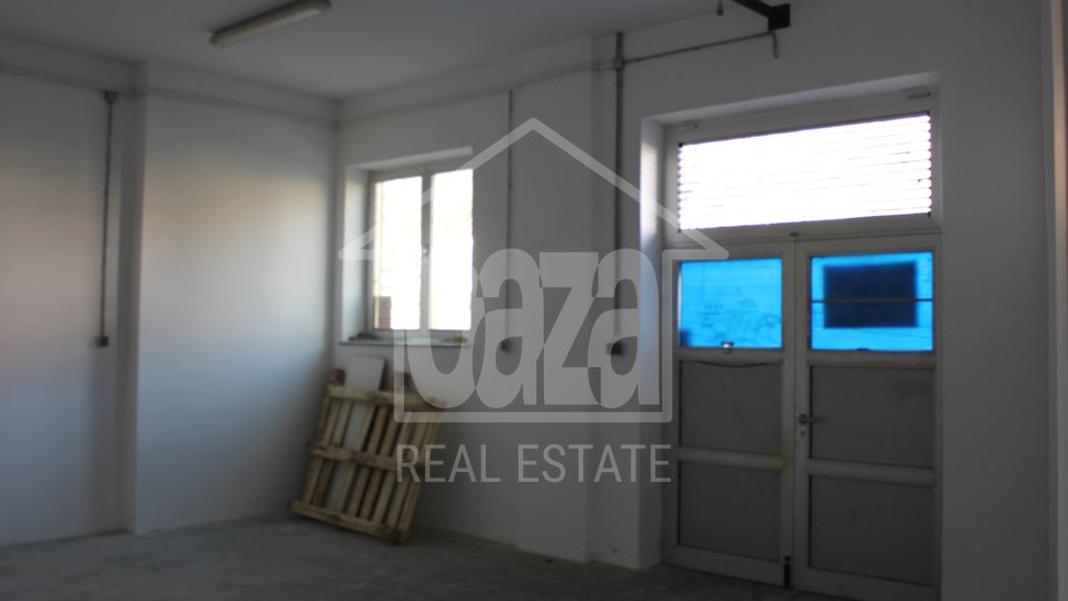 Commercial Property, 144 m2, For Rent, Rijeka - Centar