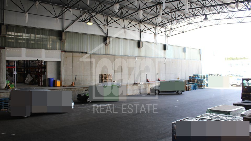 Commercial Property, 2518 m2, For Rent, Kukuljanovo