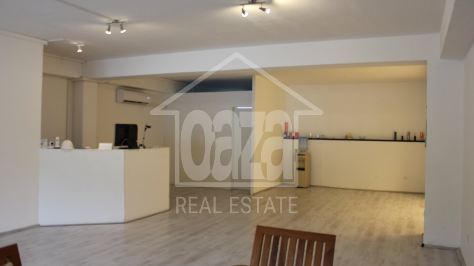 Commercial Property, 182 m2, For Rent, Rijeka - Škurinje