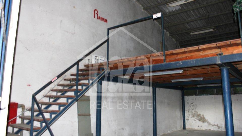 Commercial Property, 140 m2, For Rent, Rijeka - Škurinje