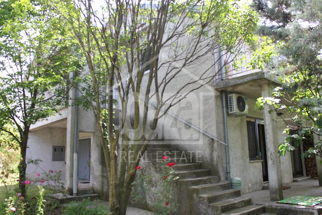 Casa, 300 m2, Vendita, Dražice