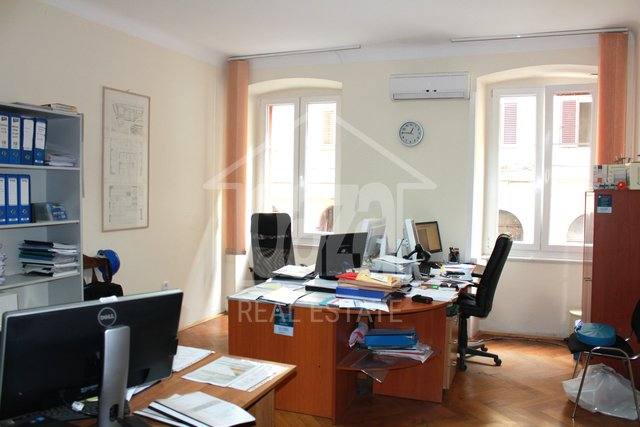 Geschäftsraum, 100 m2, Vermietung, Rijeka - Brajda