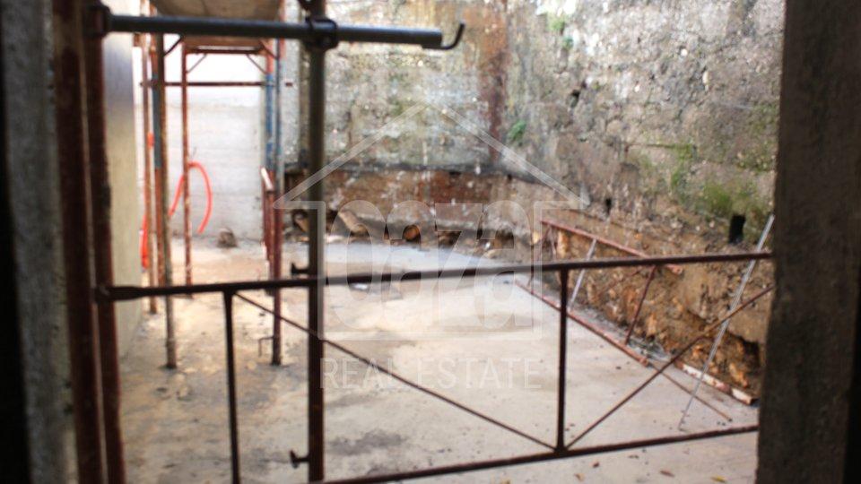 Geschäftsraum, 300 m2, Vermietung, Rijeka - Donja Vežica