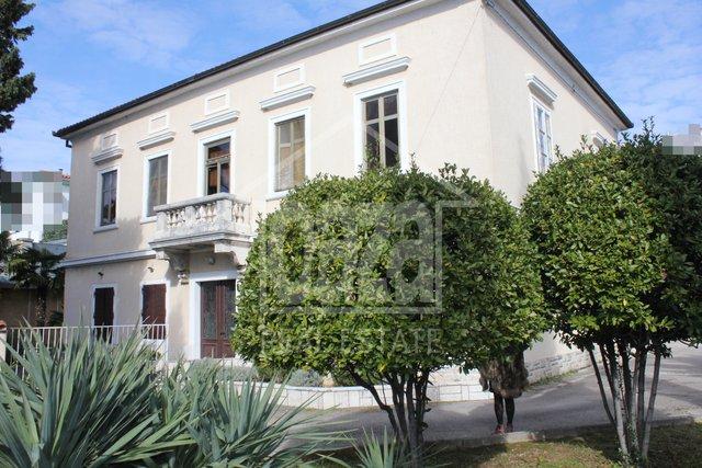 Haus, 320 m2, Verkauf, Rijeka - Krnjevo