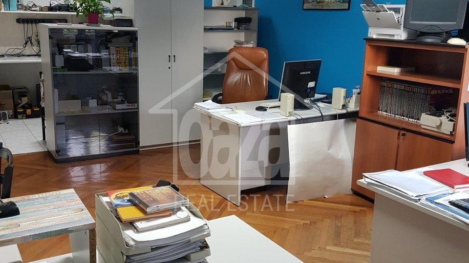 Wohnung, 113 m2, Vermietung, Rijeka - Pećine
