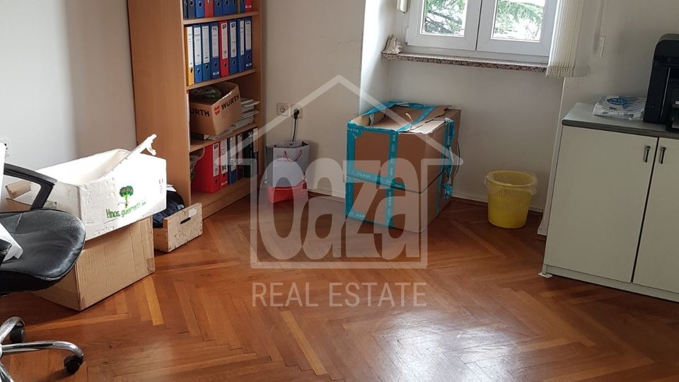 Commercial Property, 113 m2, For Rent, Rijeka - Pećine