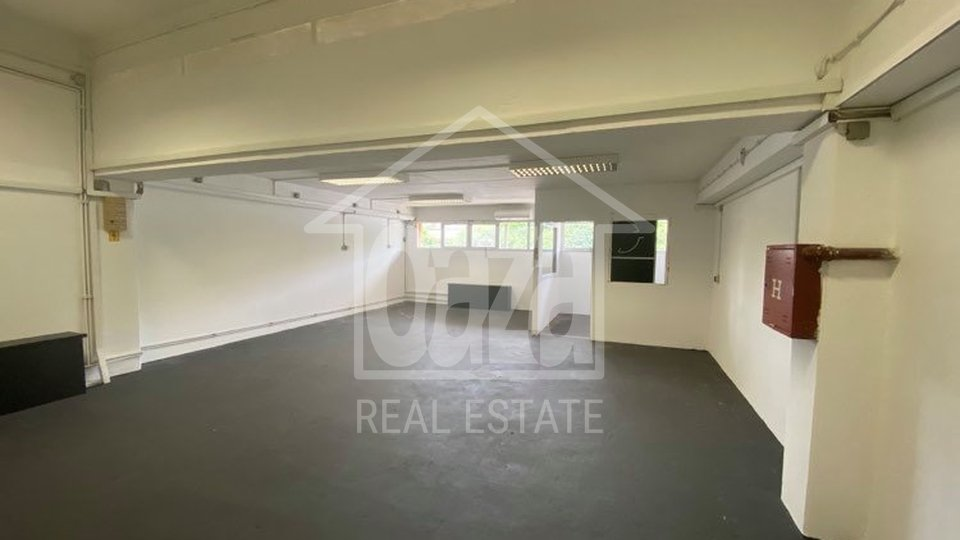 Commercial Property, 57 m2, For Rent, Rijeka - Škurinje