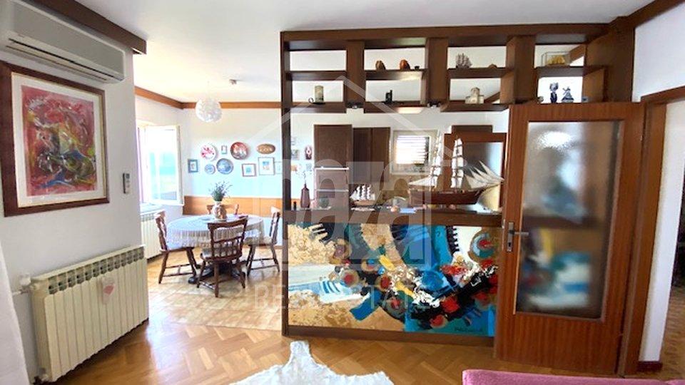 House, 179 m2, For Sale, Novi Vinodolski