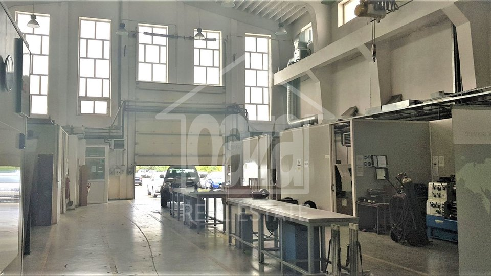 Commercial Property, 500 m2, For Rent, Rijeka - Donja Vežica