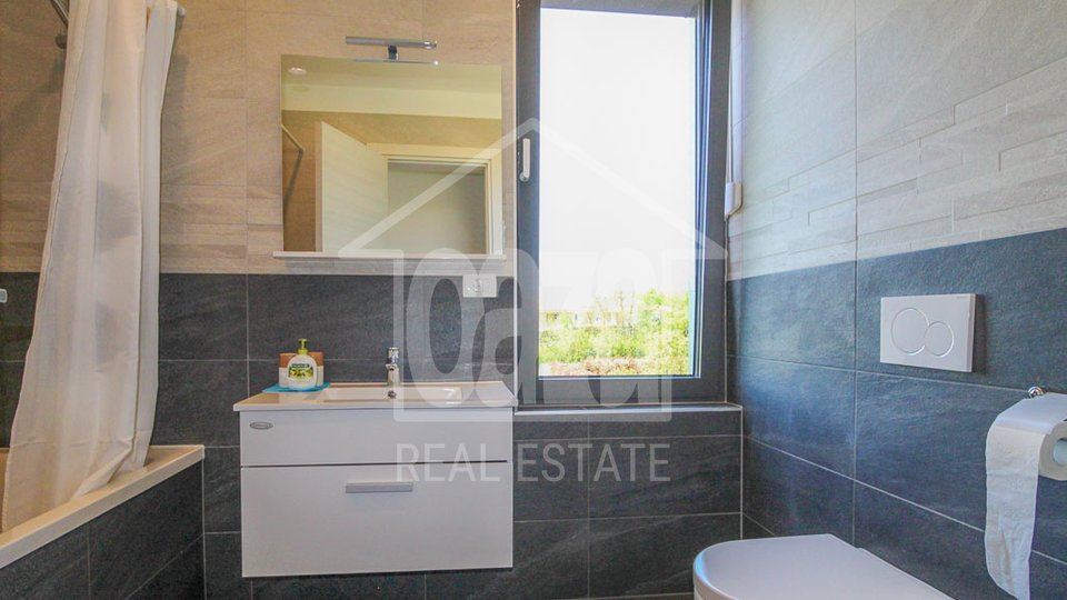 House, 330 m2, For Sale, Kostrena