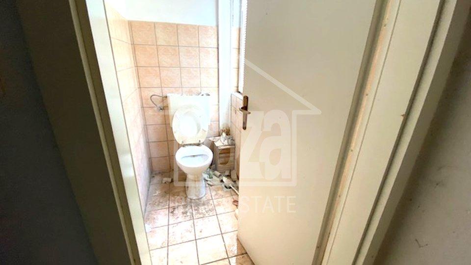 Commercial Property, 314 m2, For Sale, Rijeka - Marinići
