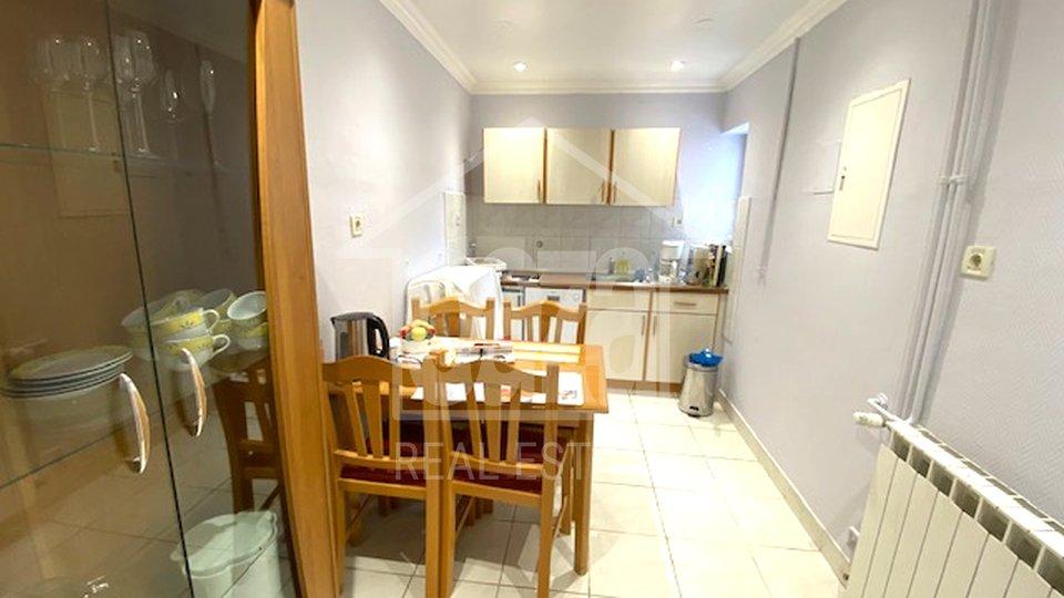 Appartamento, 50 m2, Affitto, Kostrena