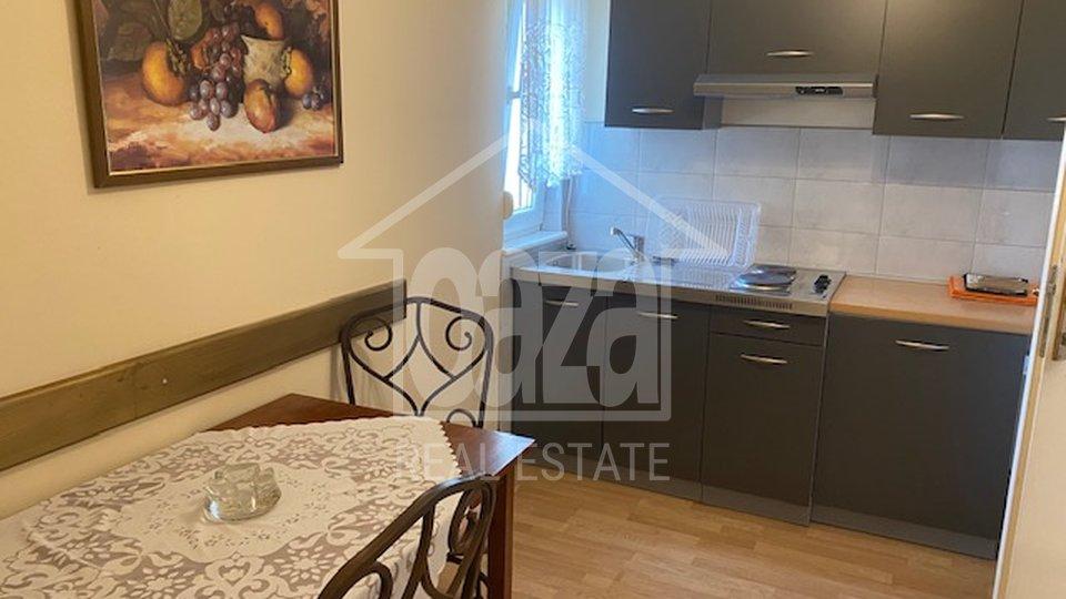 House, 396 m2, For Sale, Grobnik