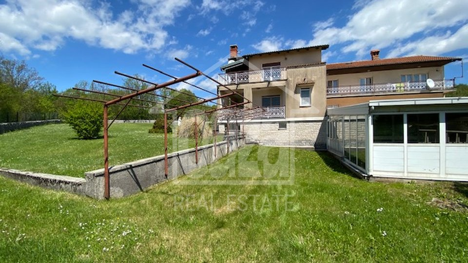 Haus, 850 m2, Verkauf, Viškovo - Saršoni