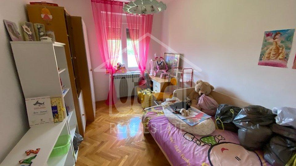 Geschäftsraum, 850 m2, Verkauf, Viškovo - Saršoni