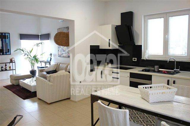Appartamento, 100 m2, Affitto, Rijeka - Banderovo