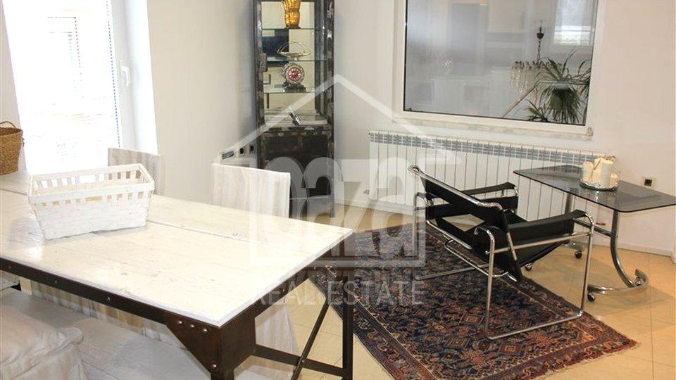 Wohnung, 100 m2, Vermietung, Rijeka - Banderovo