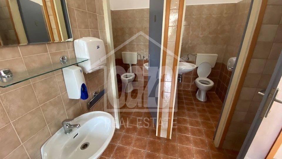 Commercial Property, 300 m2, For Rent, Kukuljanovo